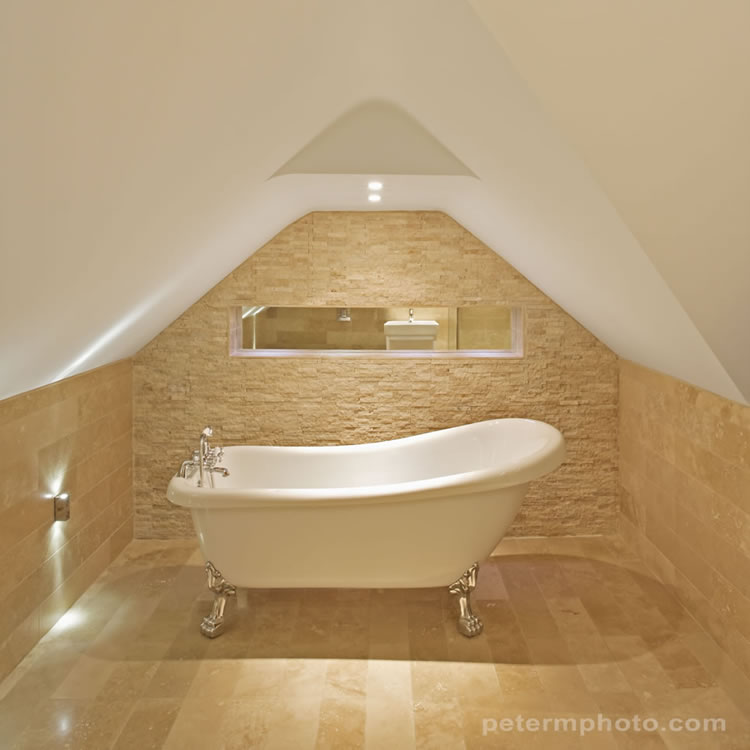 Make your bathroom stand out from the crowd all things decor for Free standing bathroom ideas